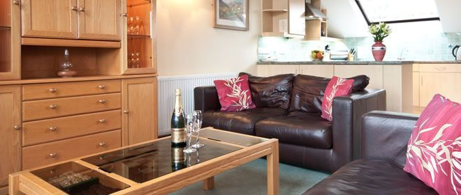 lakes self catering cottage sleeps 6